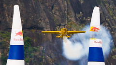 OOOhhhh F#$% ! (fabiogiolito) Tags: riodejaneiro plane smoke podeacar botafogo avio corrida redbull fumaa airrace