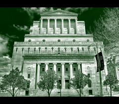 Masonic Temple in St. Louis (Vesuviano - Nicola De Pisapia) Tags: bw building architecture temple bravo edificio columns stlouis masonic missouri freemasonry architettura hdr colonne masonictemple tempio blackandgreen massoneria abigfave vesuviano verdeenero massonico