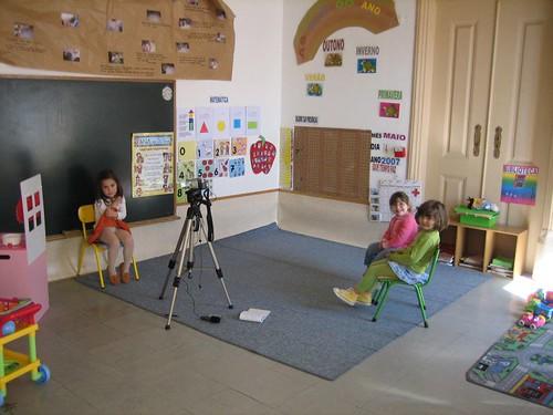 Filme no Jardim de Infância por Fernando Moittal.