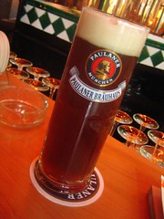 Dunkel in Singapore