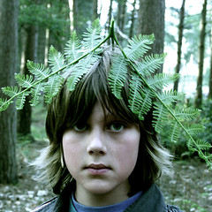 fern (.FuturePresent.) Tags: uk family trees boy summer portrait england fern green nature face forest interestingness spring interesting eyes woods funny child britain united kingdom humour explore dorset future present claudia gabriela marques wimborne vieira milllane aworkofart unit10 futurepresent abigfave platinumphoto aplusphoto brilliant~eye~jewel excapture claudiavieira claudiagabrielamarquesvieira claudiagabrielamarquesvieiraportfolio forestgen uniti0 portraitgen me2youphotographylevel1