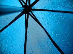 Rain (K2D2vaca) Tags: blue water rain umbrella droplets perspective fabric blueribbonwinner welcomeall abigfave colorphotoaward superhearts k2d2vaca