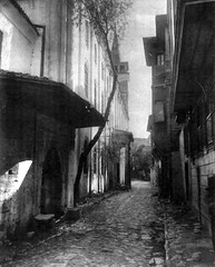 No Known Restrictions: Street in Galata, Istanbul, Turkey by Abdullah Frères, ca. 1880-1893 (LOC) - by pingnews.com