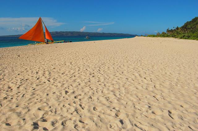 THE BREADTH OF PUKA BEACH (Boracay Island, Philippines)