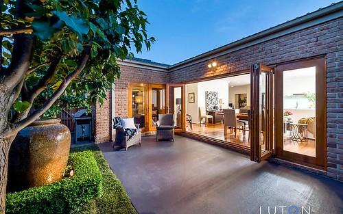 14 Roxburgh Street, Franklin ACT 2913