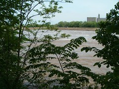 The Kaw at Lawrence (1) (Kaw Valley Heritage Alliance) Tags: river flooding lawrencekansas kawvalley