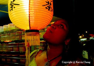 Lantern-Lick01