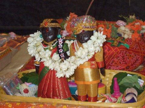 Marapaachi Bommai, 9 May 07, Lakshmi/Aniruddha Wedding