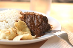 Rendang (A Sutanto) Tags: food asian yummy dish rice good beef plate chips delicious eat spices indonesian rendang yummilicious belinjo