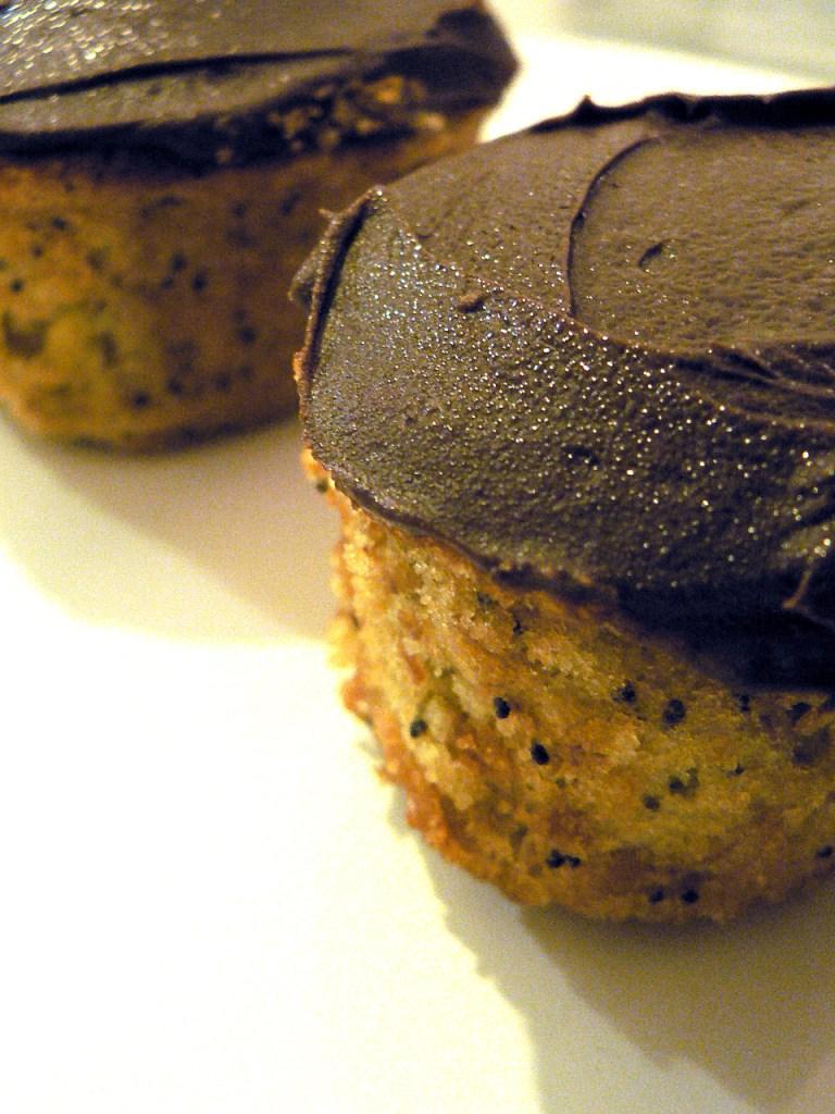 banana poppy seed cupcake