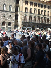 Crowds to see the copy David (chiatdaynight1) Tags: italy florence uffizi