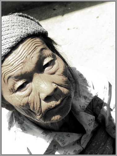 An old lady from Ravangla da Sukanto Debnath.
