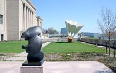 Three-Part Object (ChrisM70) Tags: sculpture art museum bronze object columns kansascity moore missouri marble nelsonatkins shuttlecock threepart
