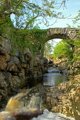 Packhorse Bridge, Ribblehead, Yorkshire Dales. (Ian G7KXV) Tags: park bridge fall water rock stone river landscape waterfall nationalpark rocks stream beck yorkshire wainwright national limestone vernacular gorge thorns gill aw dales yorkshiredales packhorsebridge ribblehead packhorse yorkshiredalesnationalpark g7kxv thornsgill