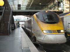 Eurostar train - Gare du Nord (brunoboris) Tags: paris train gare eurostar platform stairway trainstation tgv bullettrain highspeedtrain highspeedrail parisgaredunordtrains