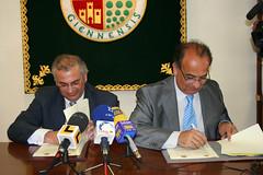 Firma convenio UNIA y UJA (Universidad Internacional de Andaluca (UNIA)) Tags: baeza unia sedeantoniomachado
