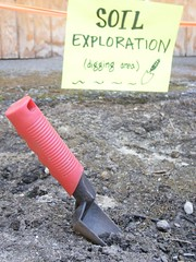 Digging Station (meliroo) Tags: school cambridge garden education celebration k8 urbanschool kingamigos citysprouts