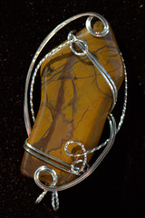 IMG_7048.CR2 (Abraxas3d) Tags: stone wire jean wrap jewelry