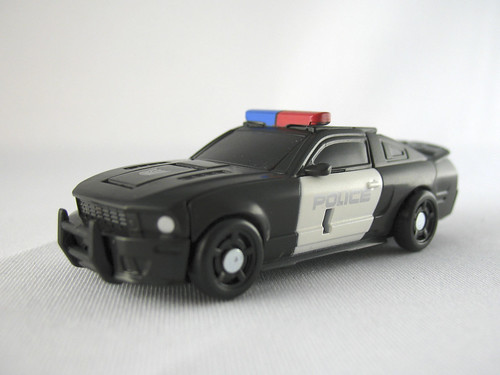 TF Movie Legends Barricade (alt mode)