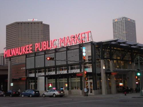 Metro market milwaukee for Milwaukee food pantry locations
