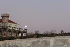 House and Moon! (LennyAragon) Tags: house moon casa lua anoitecer nightfall
