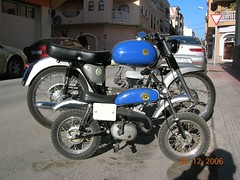 Bultaco 155 & son (DeFerrol) Tags: classic bike moto bultaco