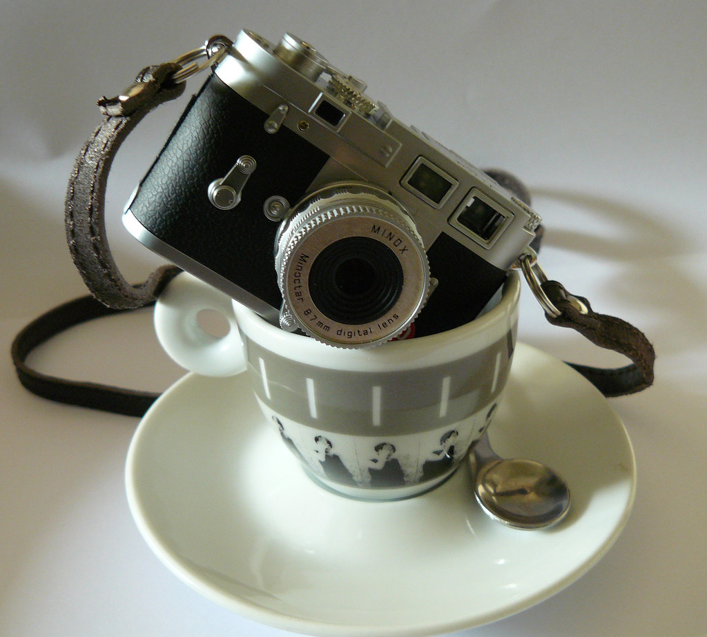 minox leica espresso