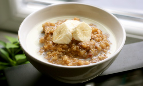 6-Grain Porridge with Soymilk & Nanner