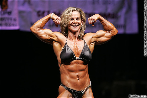 Kelly Dobbins Wins Contra Costa Figure Competition