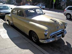 1949 Oldsmobile Rocket 88 front 3q (Ate Up With Motor) Tags: cars la 1949 oldsmobile rocket88 futuramic