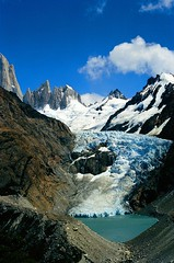 Glaciar Piedras Blancas (Ostrosky Photos) Tags: blue wild sky patagonia santacruz lake snow mountains ice argentina clouds nationalpark glacier glaciers granite peaks modelling glaciar hielo landforms global glacial geomorphology backpackers losglaciares geomorfologia granodiorite plutonic batholit firsttheearth