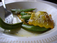 ravioli and sugar snap peas