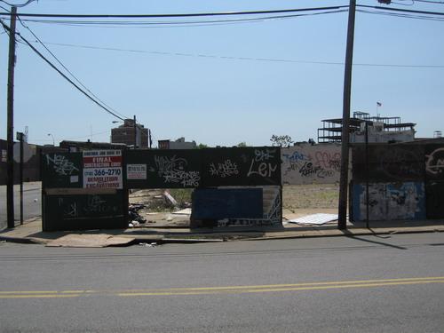 Roebling Construction Site Du Jour