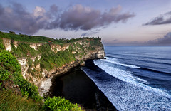 Uluwatu (DanielKHC) Tags: sunset sea bali nature indonesia landscape temple interestingness bravo waves sony cliffs explore uluwatu alpha dri a100 50faves interestingness30 nohdr tamron1118mm danielcheong danielkhc explore23may07