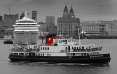 Ferry across the Mersey (jimmedia) Tags: ferry liverpool river birkenhead across mersey wirral merseyside redfunnel whitedot royaldaffodil flickrdiamond