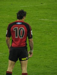 Dan Carter (Somerslea) Tags: newzealand christchurch hot cute sexy guy sport canon team rugby 2006 canterbury powershot jade nz southisland s2is sporting canonpowershots2is mmmm crusaders brumbies rugbyunion powershots2is canons2is southislandnz danielcarter southislandnewzealand dancarter nouvellezelande super14 canterburynz views100pool reveley jadestadium somerslea rugby2006 under180 super142006 mareeareveley