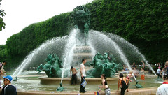 Fountain Scene - Paris, France (steeev) Tags: horses horse paris france water fountain pool garden globe jardin statues spray turtles copper fountains fontaine iledefrance ruederivoli luxembourggarden jardinsduluxembourg steeev jeanbaptistecarpeaux jardinsdelobservatoire palaisduluxembourg jardinduluxemboug fontainedesquatrepartiesdumonde 6earrondissement jardinmarcopolo paris6earrondissement fontainedelobservatoire spittingturtles