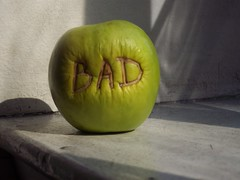 Bad Apple (C-Monster) Tags: nyc newyork green apple fruit manzana celso manhattan bad mostinteresting greenapple 40worth chashama badapple sobaditsgood