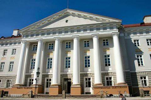 Tartu University por Topanga_old.