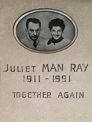 Juliet & Man Ray - Together again (Lil [Kristen Elsby]) Tags: paris france cemetery photographer surrealism headstone tombstone surrealist montparnasse manray cimetière cimetièredumontparnasse julietmanray