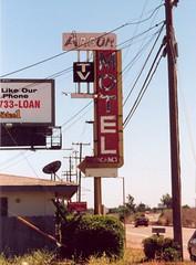 20010802 Arbor Motel