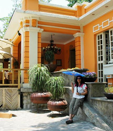 rossy linda duenas umbrella Guadalajara Mexico