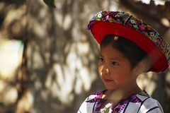 Ana, Santiago Atitlan (Bruno Girin) Tags: santiago girl hat ana dress guatemala traditional atitlan