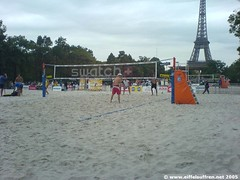 Beach Volley Paris (EiffelSuffren) Tags: beach volley beachvolley paris champdemars 75007