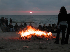 roundfire (eyair) Tags: sunset sea beach fire lag rishon       camptfire baomer     ashmashashmash
