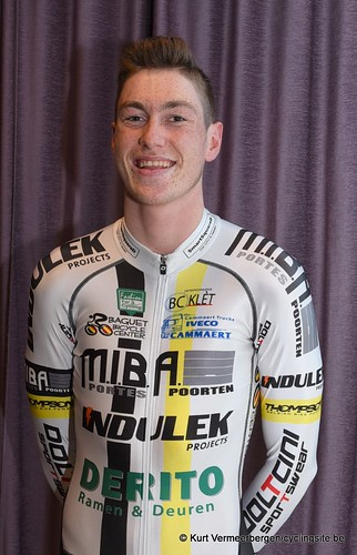 Baguet-Miba-Indulek-Derito Cycling team (78)