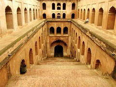 Baoli (Stepwells) at Imambara - by Saad.Akhtar