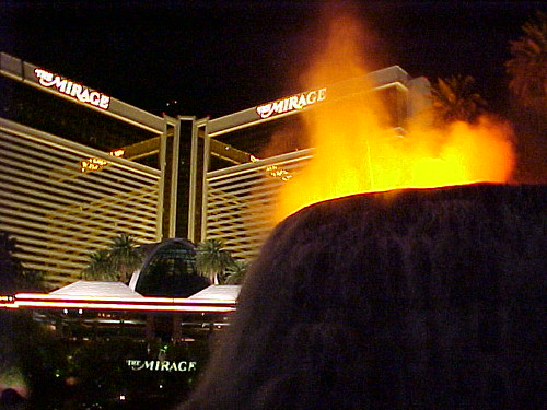 image of the free volcano erupting at the Mirage Hotel in Las Vegas