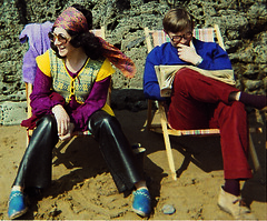 authentic 70s style (squeezemonkey) Tags: beach fashion scarf couple britain hippy style devon 70s 1973 deckchairs cloggs beetnick