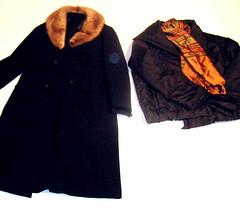 Wintermantel und Winterjacke (Gr. 36) (zipfel & frogi) Tags: liquidation birmensdorferstrasse199 hausrat kleider jacke mantel wintermantel winterjacke